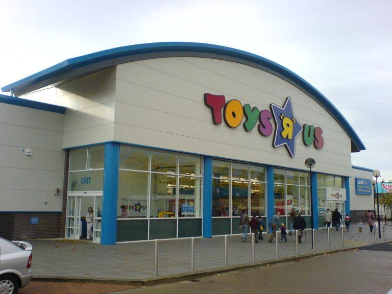 Toys R Us, Milton Keynes